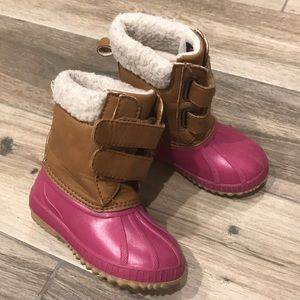 GAP pink duck boots 7T/8T